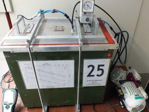 Unterdruckkammer mit 69 Ltr. / in Betrieb