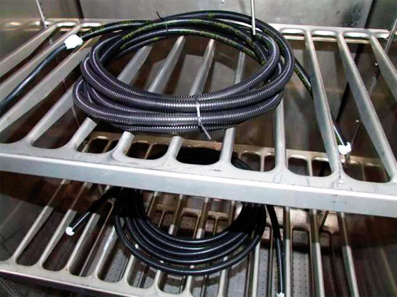 Prüfung von Leitungen für die Bahn bei AUCOTEAM