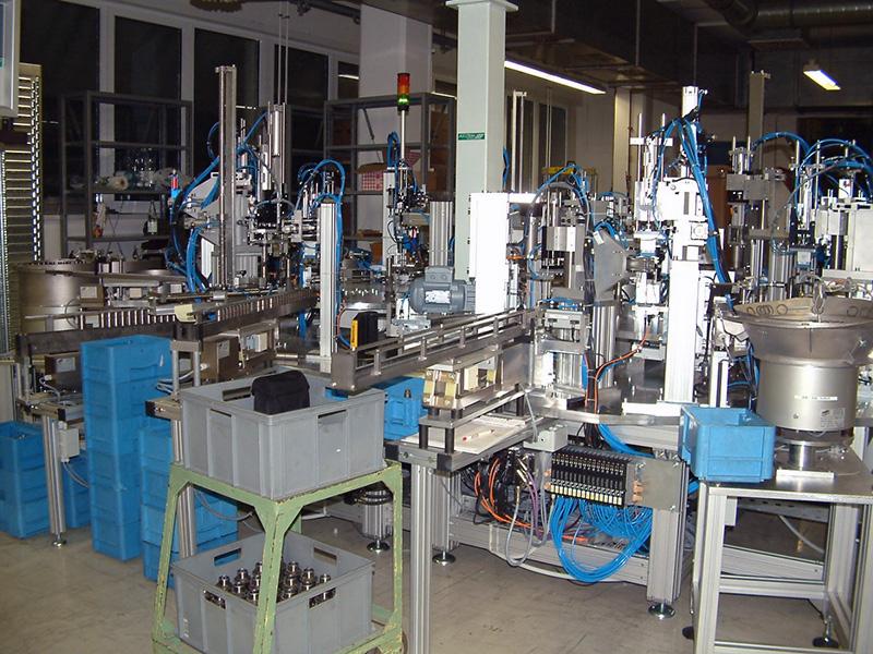 Montage von Bohrhämmern für Bosch (2003)